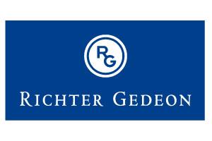 Richter_Gedeon_VERT_white